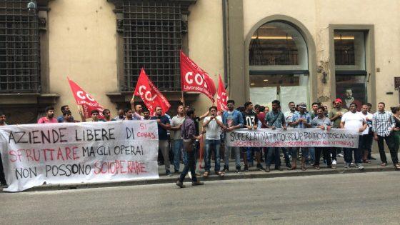Lavoratori Prato, presidio fuori da Consiglio Toscana
