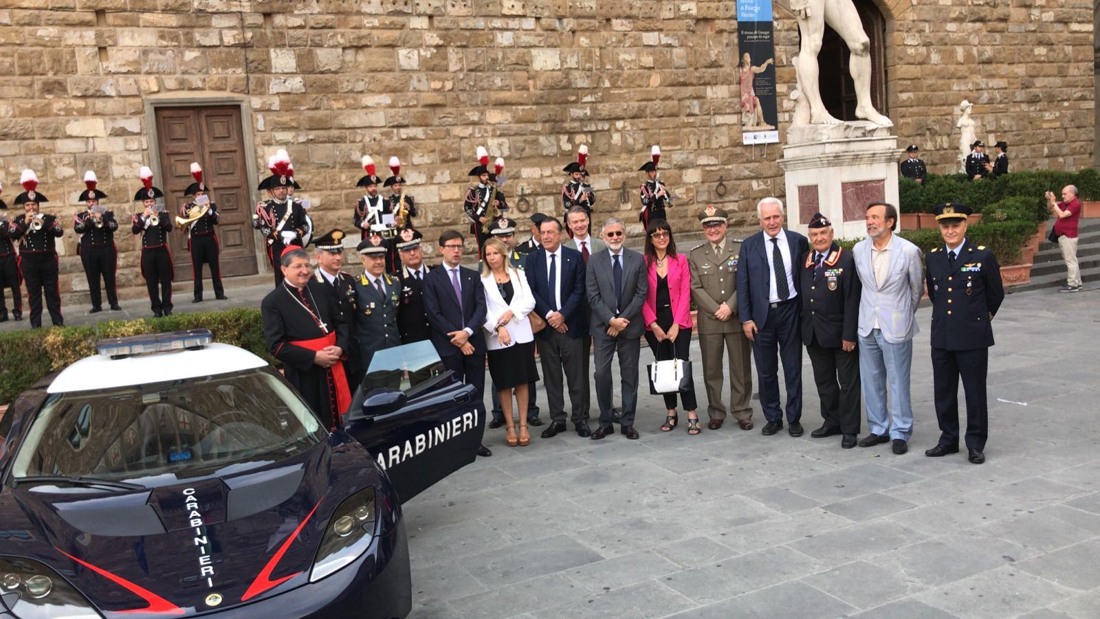 carabinieri Firenze e Luca Milnai