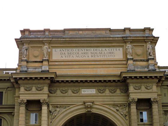 Ispezioni programmate per l'arco di piazza della Repubblica