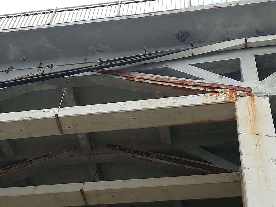 vista del ponte dal basso