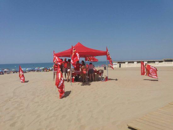 Filcams Cgil in spiaggia per i lavoratori stagionalei
