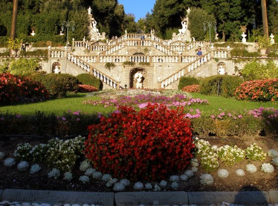 parco Pinocchio Collodi scalinate giardino