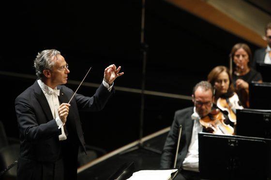 Fabio Luisi e il violino di Sergej Krylov con l'Orchestra del Maggio