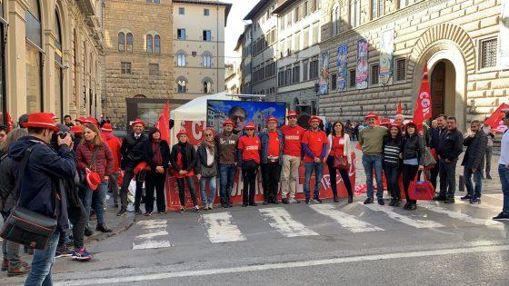 Lavoratori turismo, boom di vertenze; presidio Filcams Cgil a Firenze