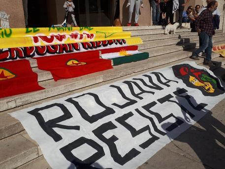 Dalla parte dei curdi:  raccolta fondi e manifestazioni in Toscana