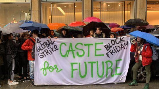 Sciopero clima: a Firenze mille giovani al 'Block Friday'