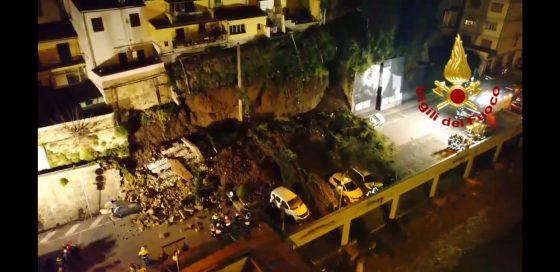 Crolla muro collina a Montelupo: 5 famiglie evacuate