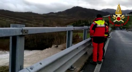 Ritrovato morto motociclista in fiume Mugello