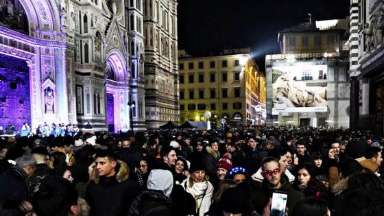 Migliaia nelle piazze a Firenze per il 'Capodanno Diffuso'