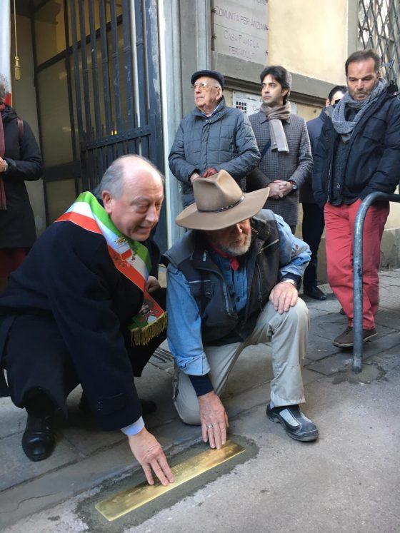 Lucca: inaugurata soglia d'inciampo per ricordare la Shoah