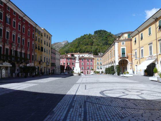 Coronavirus, Carrara: istituito numero verde per anziani soli