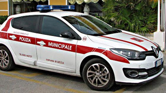 "Comune di Lucca: ""Quattro vigilesse aggredite a ingiurie sessiste e spintoni"""