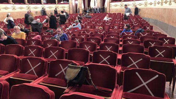 Teatri della Fondazione Teatro Toscana chiusi da oggi
