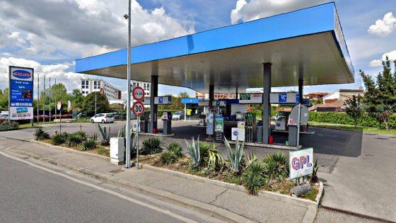 Incasso medio benzinai toscani, 10 euro al giorno