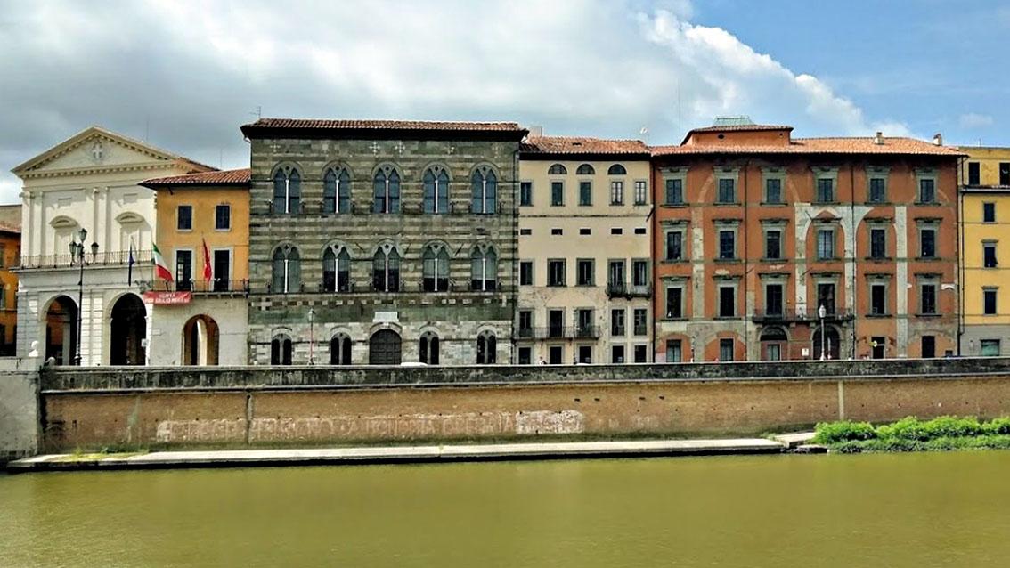 Pisa, tornano attive ZTL e strisce blu in centro storico..