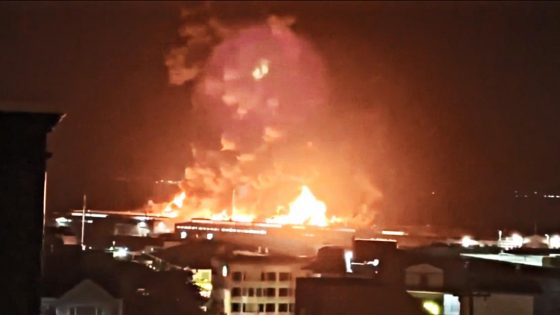 San Framcisco, un incendio ha distrutto un quarto del Pier 45