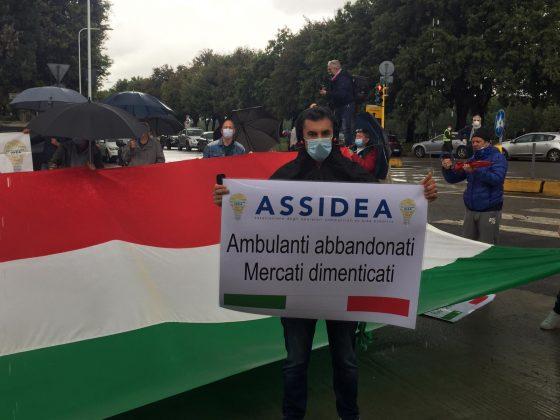 Protesta degli ambulanti, il Governo non ci dimentichi e ci faccia riaprire nei mercati