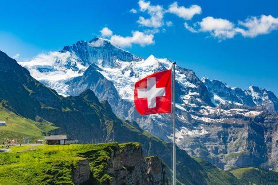 Covid: finito il (non) Lock Down della Svizzera