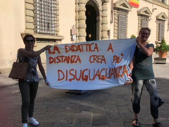 Piano Scuola: lettera a Rossi e presidio sotto la Regione Toscana
