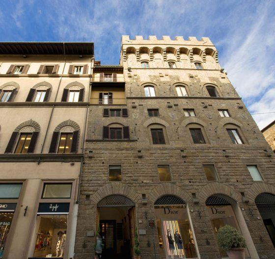 Visite gratis alle terrazze della Torre Tornabuoni a Firenze