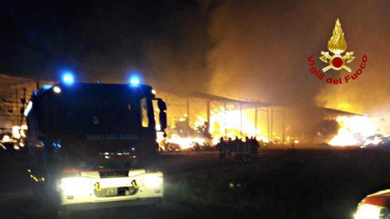 Incendio in fattoria che venne confiscata alla mafia