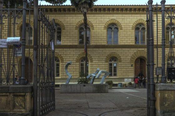 Pisa: scuola chiusa oggi per mancata sanificazione dopo le elezioni, la testimonianza della dirigente