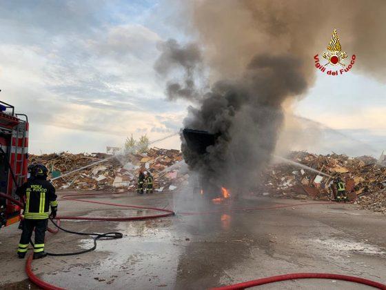 Incendio Cerreto Guidi: Sindaco, chiudete finestre