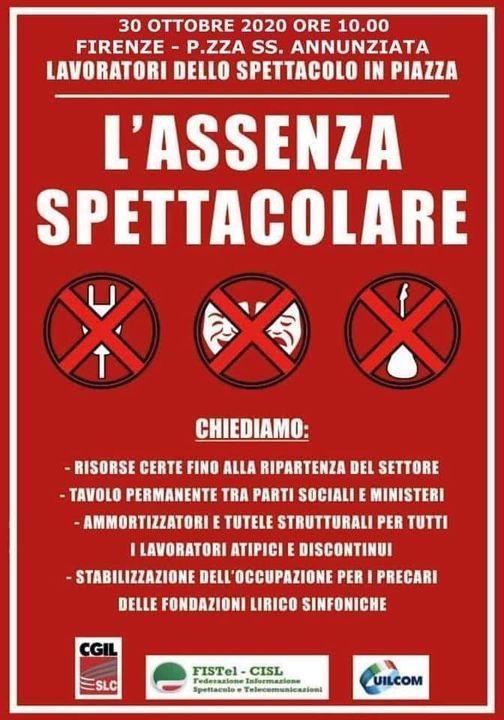 L'assenza spettacolare in piazza a Firenze a sostegno del lavoro e della cultura