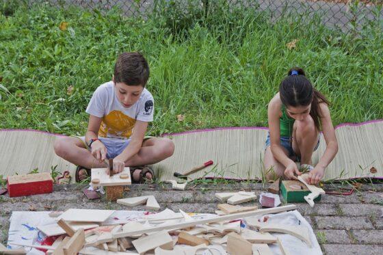 """Firenze: laboratorio di costruzione con il legno e materiali vegetali presso """"Grotta Cielo"""""""