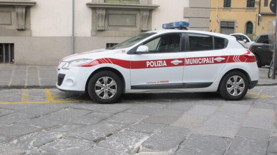 Covid: violano coprifuoco,7 ragazzi multe 400 euro a Firenze