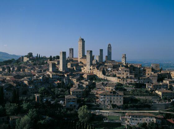 """San Gimignano: visite guidate con """"L'AltRa Stagione-Protetti dalla Bellezza"""""""