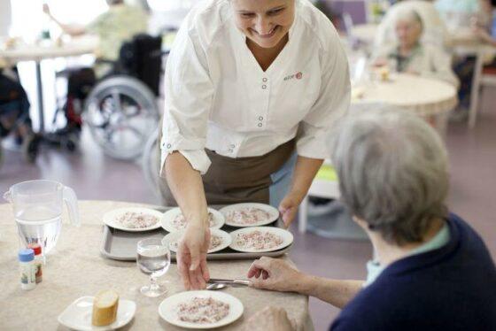 Covid: ristorante offre pasti gratuiti ai bisognosi in Versilia