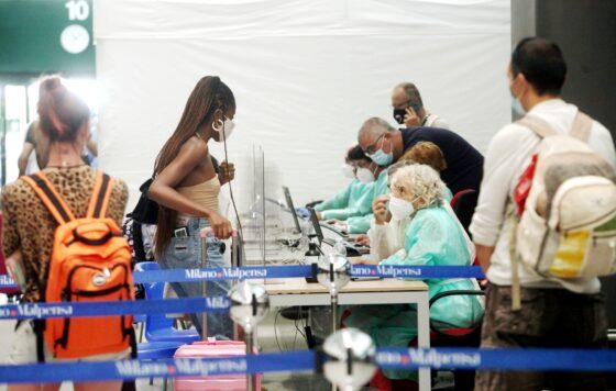 Covid: cittadini stranieri bloccati all'estero. Un limbo senza fine, fra loro anche minori