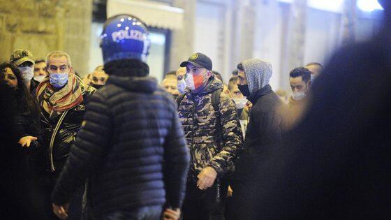 Manifestazione Firenze: perquisiti tre 17enni dalla Digos