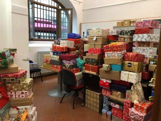 Una scatola per Natale, a Firenze grande risposta dei cittadini