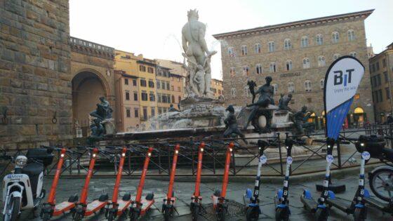 Obbligo casco su monopattini,Tar annulla ordinanza Firenze