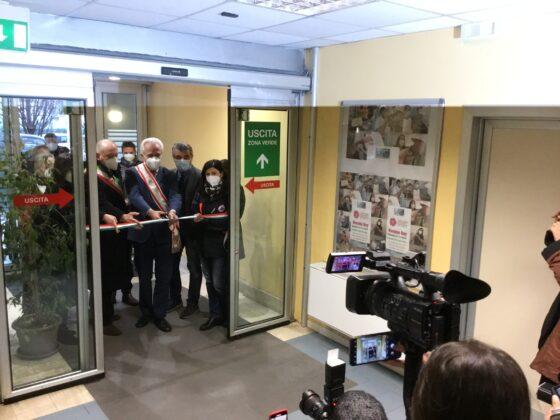 Giani inaugura 150 posti letto covid a Lucca