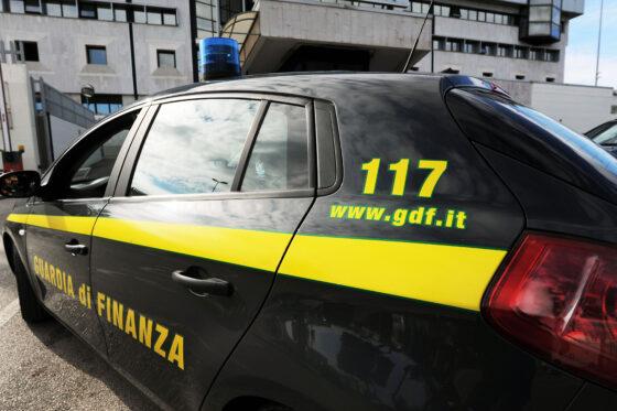 Maxi frode fatture false, sequestri per evasione da 36 mln