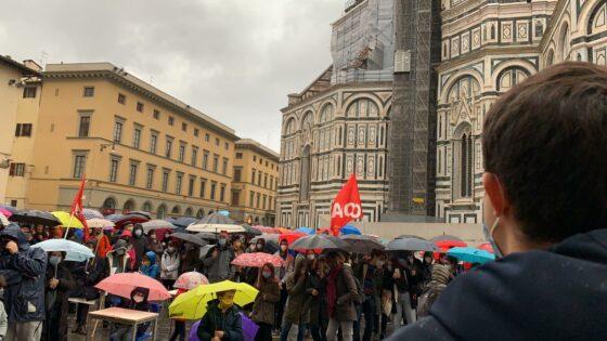'Priorità alla Scuola', in 500 in piazza Duomo