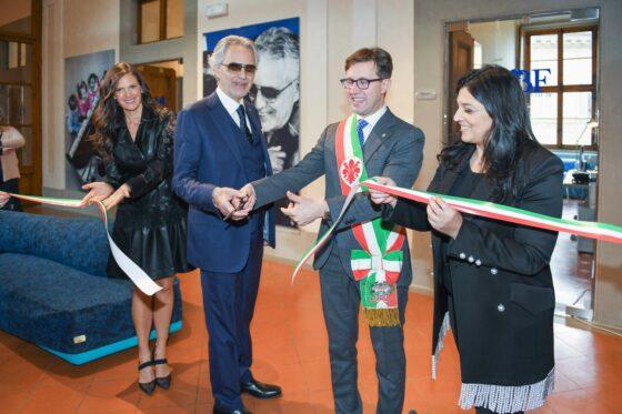 Bocelli apre a Firenze laboratorio per giovani talenti