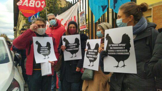 Basta classi pollaio: mobilitazione nazionale per chiedere fondi per la scuola pubblica
