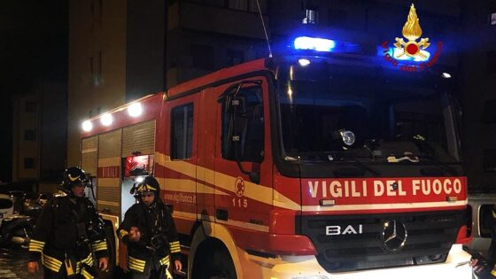 Morta carbonizzata una donna in un incendio
