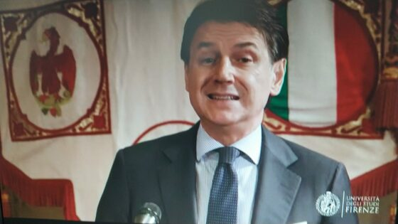 L'ex premier Conte torna in cattedra a Firenze con una lezione in streaming