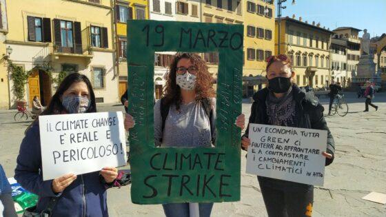 "🎧 ""Basta false promesse"", sciopero globale del clima, Fridays For Firenze"