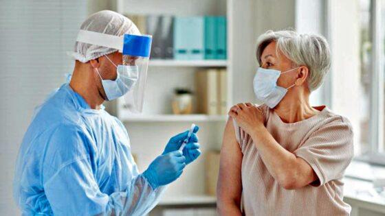 Vaccini: somministrazioni no-stop in hub Toscana centro