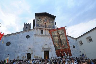 Clima, a Pisa si studiano Santi e  miracoli per capire i mutamenti nei secoli