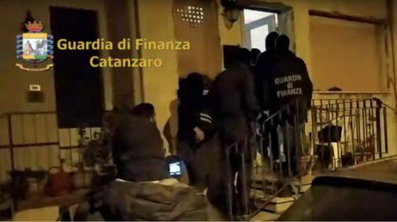 Minori usati come corrieri droga, indagine da Catanzaro alla Toscana