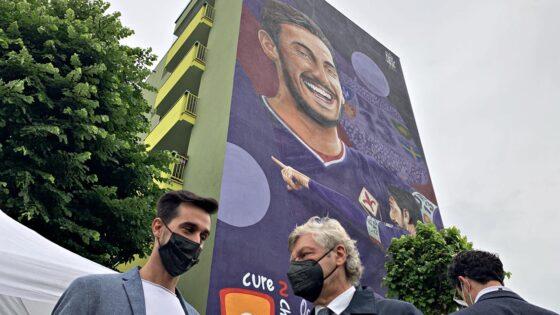 🎧 Murale in ricordo di Davide Astori, inaugurato in via Canova