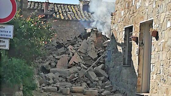 Greve: esplosione in casa disposte autopsie su cadaveri