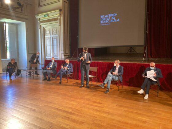 Si torna in scena sui palchi della Fondazione Teatro della Toscana